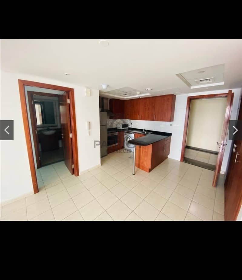 2 Hot deal in front of metro one bedroom for rent in lake city Tower