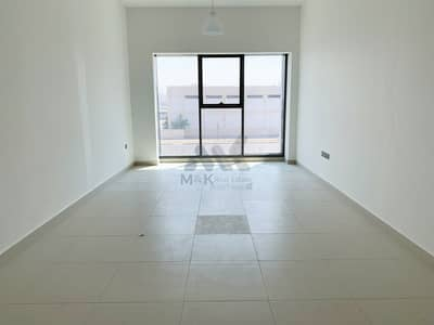 2 Bedroom Flat for Rent in Al Mina, Dubai - Modern Style | 6 Cheques | Immaculate with Big Balcony
