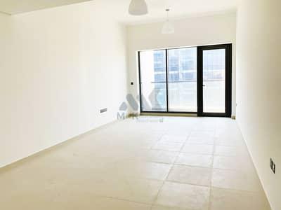 3 Bedroom Apartment for Rent in Al Mina, Dubai - Spacious   12 Cheques   Maid's Room    Big Balcony