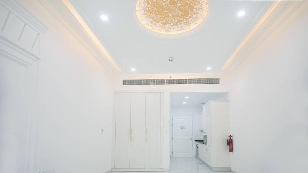 Brand New    Bright and Beautiful Designer   Studio