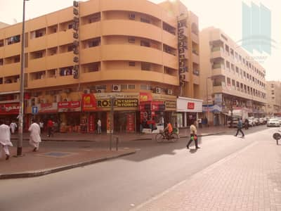 شقة 2 غرفة نوم للايجار في بر دبي، دبي - Good Flat for rent in prime location in Bur Dubai