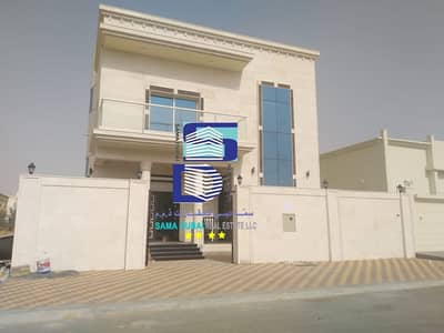 5 Bedroom Villa for Rent in Al Yasmeen, Ajman - Super deluxe finishing villa, first inhabitant with air conditioners, on the continental street