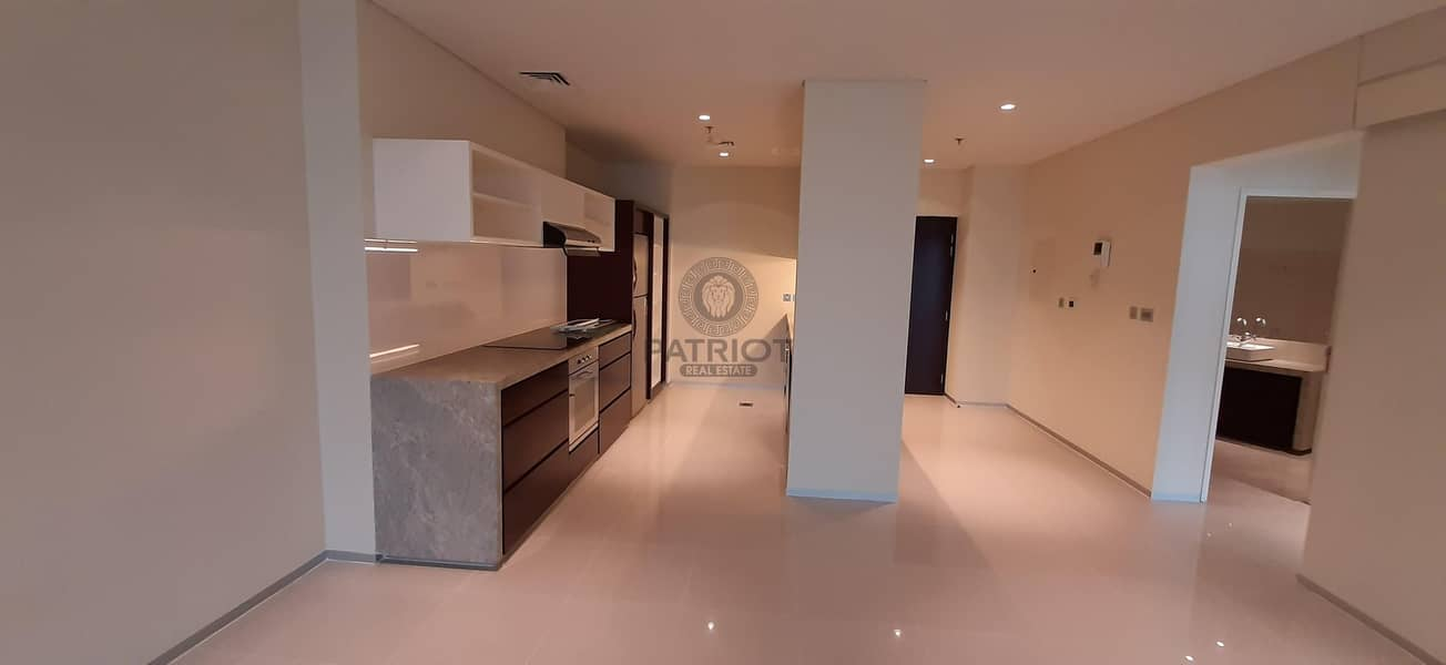 45 Days Free| Chiller Free| 3 Beds for Serious Tenant Only | Next to Metro