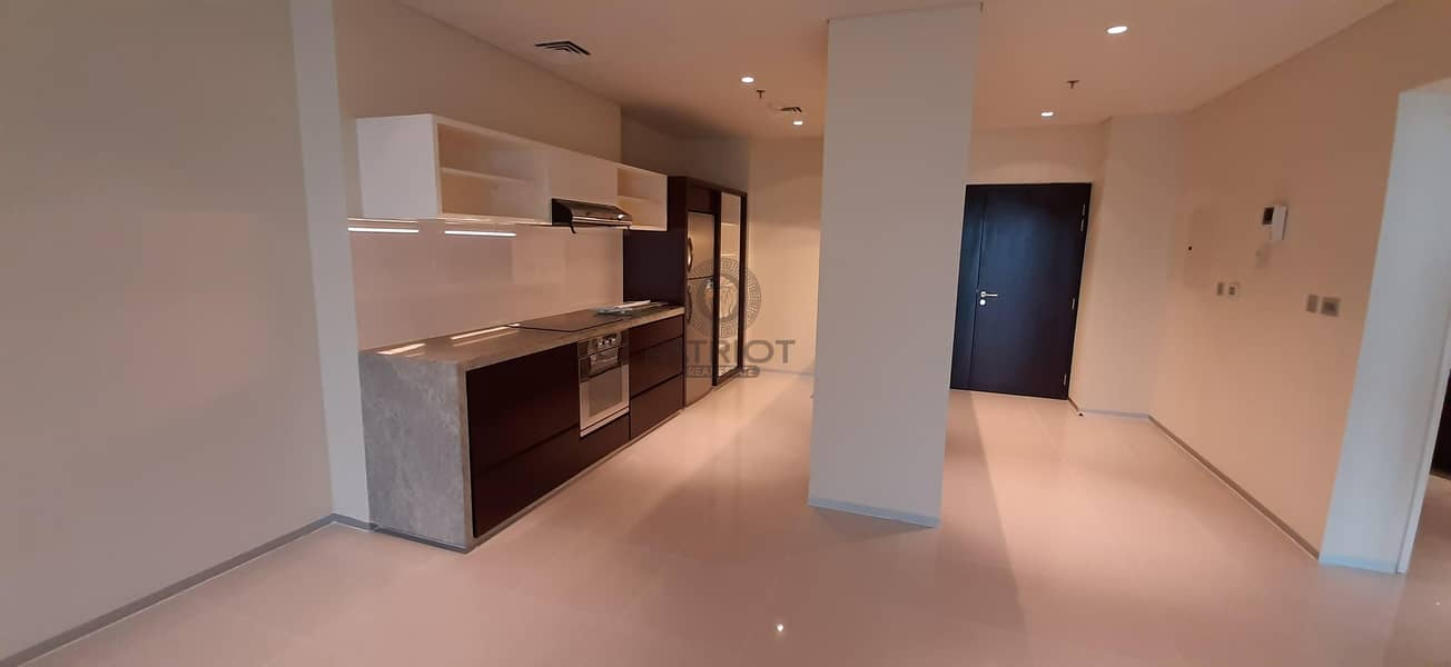 2 45 Days Free| Chiller Free| 3 Beds for Serious Tenant Only | Next to Metro