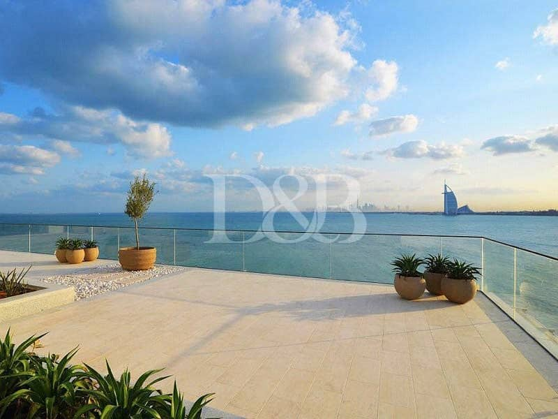 Luxurious 3 Bed Penthouse | Panoramic Palm View