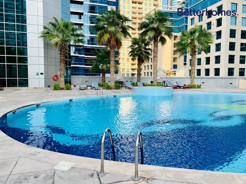 19 Triplex | Private Jacuzzi | Furnished | High End Appliances