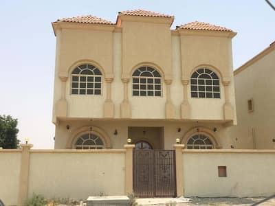 4 Bedroom Villa for Sale in Al Manama, Ajman - New villa for sale in Manama Ajman first inhabitant near services. . .