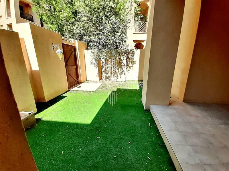 2 2 BRs with Garden on Ground Floor
