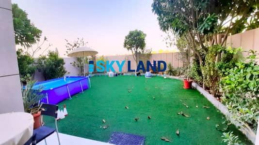 فیلا 4 غرف نوم للايجار في الريف، أبوظبي - Single Row 4BR w/ Massive Garden and Upgraded Kitchen !