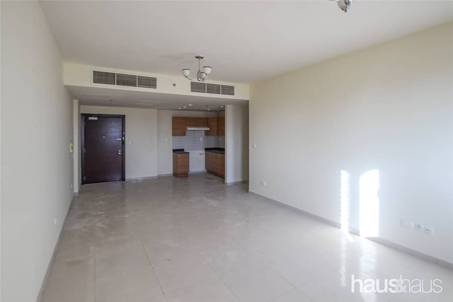 2 Vacant | Spacious | 1BR | Large Living Area