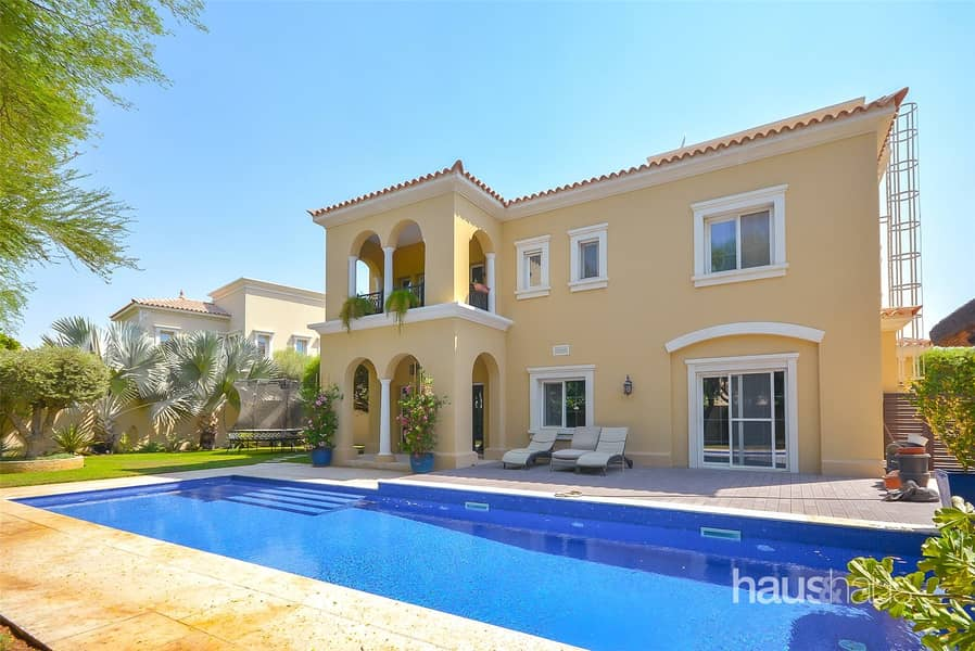 Exclusive | Large Plot | Private Pool