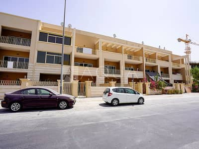 4 Bedroom Townhouse for Rent in Jumeirah Village Circle (JVC), Dubai - 4 Bedroom | Middle Unit | Maid's Room | Terrace