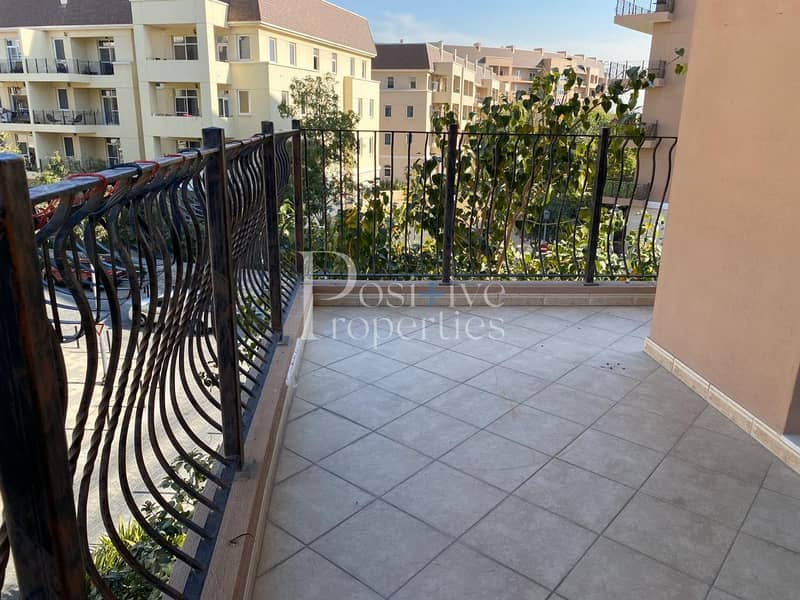 Well Maintain / Huge Balcony / Close to Pool or Garden
