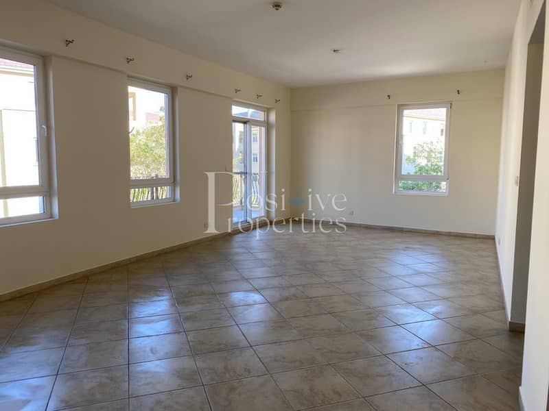 2 Well Maintain / Huge Balcony / Close to Pool or Garden