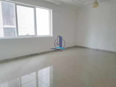 2 Bedroom Apartment for Rent in Al Khalidiyah, Abu Dhabi - Price Reduced! Spacious 2 Bed Apt w/ Balcony