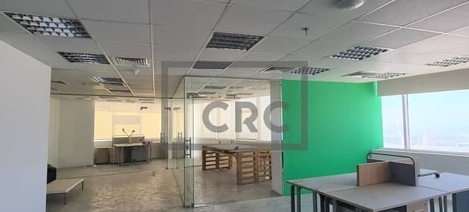 Office for Sale in Jumeirah Lake Towers (JLT), Dubai - Fitted Office | Sh Zayed Road View | Semi Furnished|