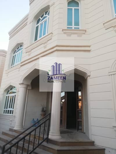 7 MASTER BED ROOM WITH DRIVER AND MAID ROOM BIG MAJLIS VILLA AVIALABLE