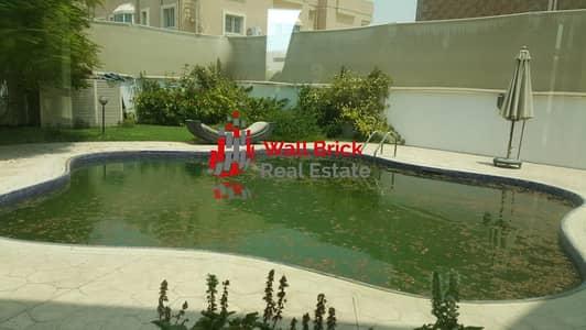 فیلا 5 غرف نوم للايجار في البرشاء، دبي - Stylish & Modern Family Home With Pool