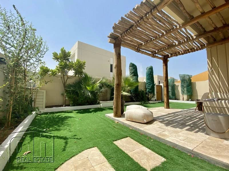 4 Bed | Landscaped | Single Row | Park Backing