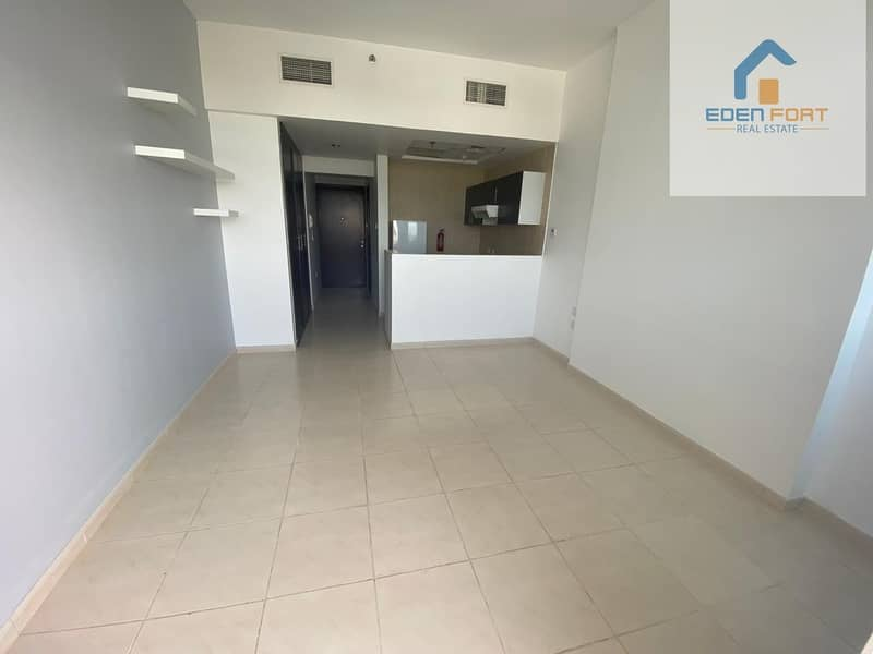 Beautiful Unfurnished Studio Apartment in Royal Residence 1 - DSC