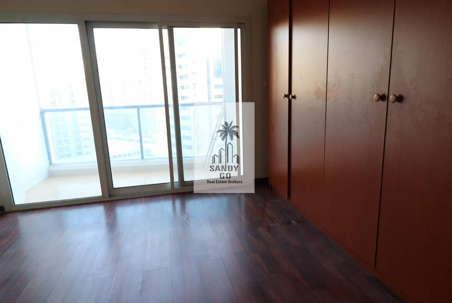 2 1BHK | Wellmentained | Bright