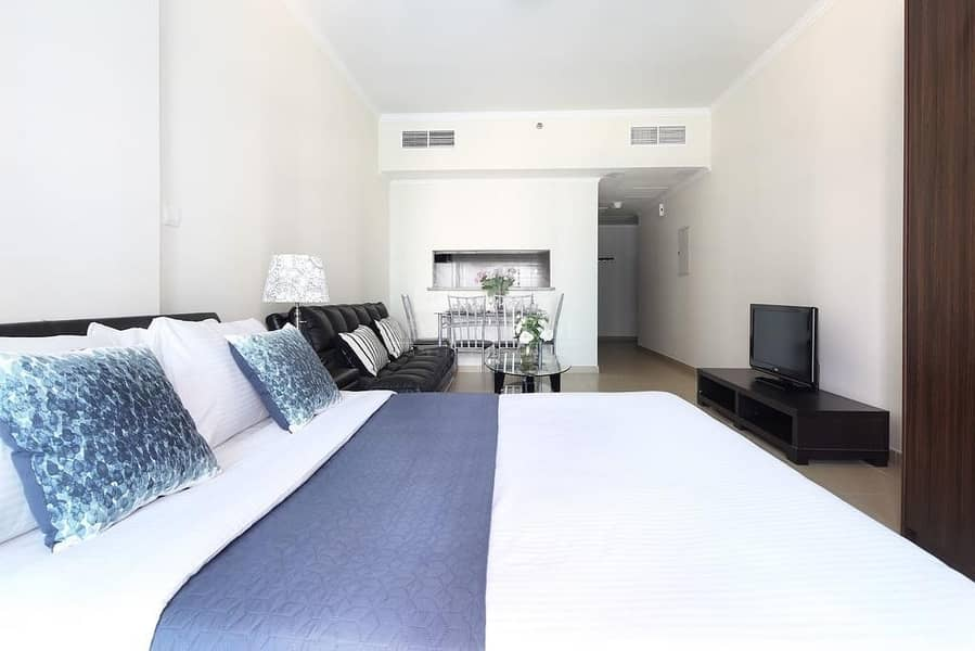 Rented I Community View I Perfectly Priced I Bright Unit