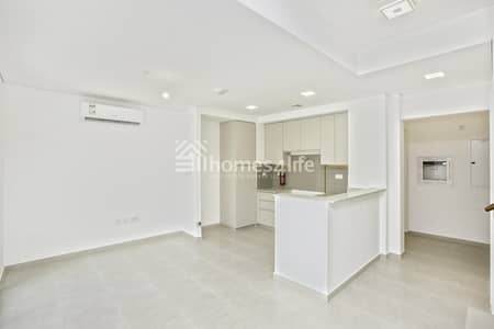 3 Bedroom Townhouse for Sale in Town Square, Dubai - Affordable Townhouse in Zahra Close to park