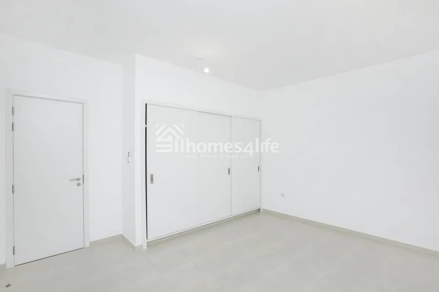 2 Townhouse Excellent Layout | Ready to Move In