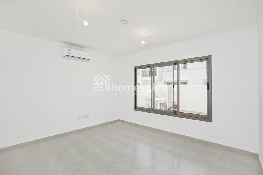 10 Townhouse Excellent Layout | Ready to Move In