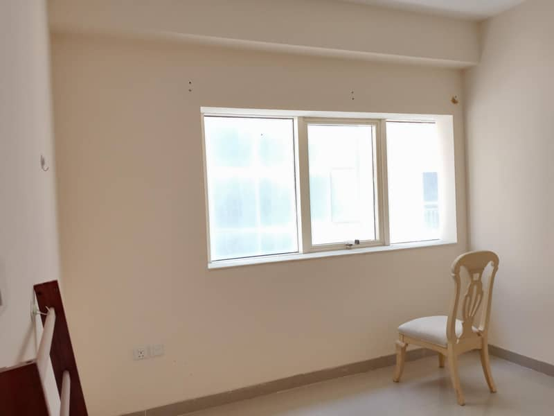 SPECIAL FINISHING UP 1BHK COVERED PARKING IN UNIVERSITY AREA