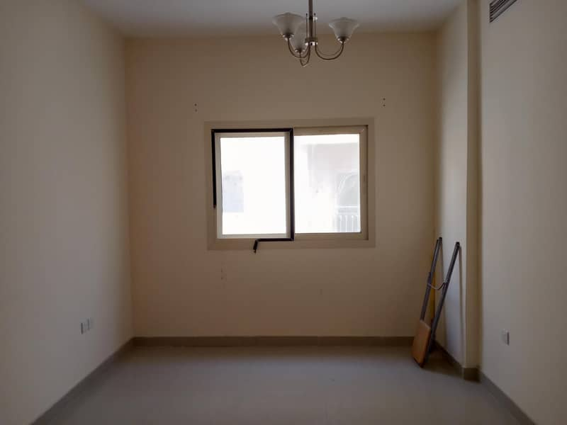 2 SPECIAL FINISHING UP 1BHK COVERED PARKING IN UNIVERSITY AREA