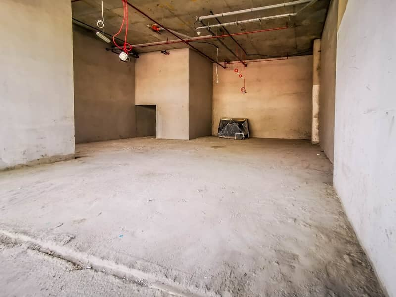 20 PRIME LOCATION | 3 MONTHS FREE | AC FREE