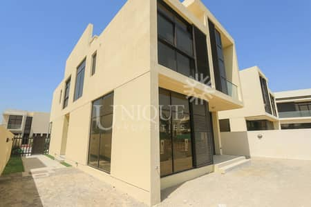 6 Bedroom Villa for Sale in DAMAC Hills (Akoya by DAMAC), Dubai - Exclusive| Prime Location | Lowest Price