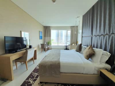 Studio for Rent in Business Bay, Dubai - Canal View | Furnished | Large Studio
