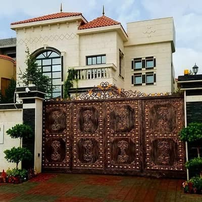 Used stone villa with electricity, water and air conditioners finishing Super Deluxe Personal villa at an excellent price