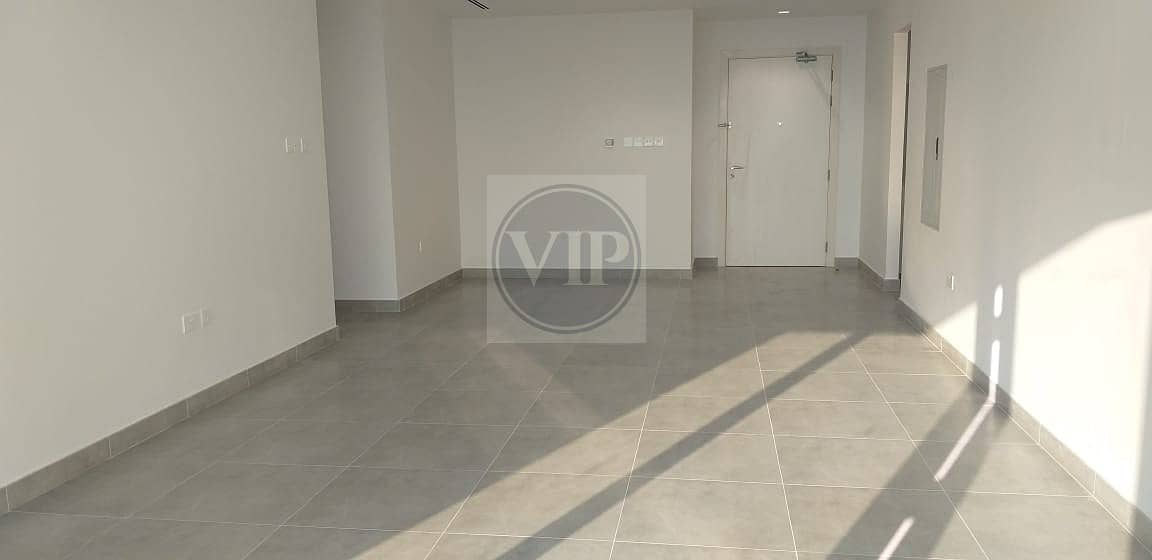 Brand New Incredibly  Large!! 2 BR with Balcony and Laundry Room