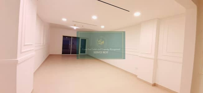 3 Bedroom Apartment for Rent in Capital Centre, Abu Dhabi - Like New! Huge!3 Beds/Maid/Balcony/Store