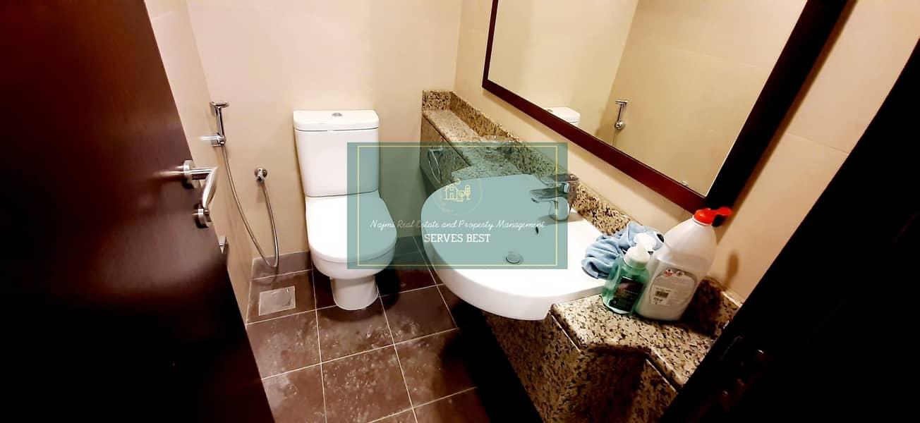 15 Like New! Huge! 2 Beds/Maid/Balcony & Laundry