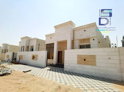 3 Bedroom Villa for Sale in Al Aaliah, Ajman - Ajman smashes all real estate prices and gives you the opportunity to own freehold at the lowest price