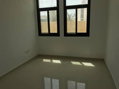 فلیٹ 1 غرفة نوم للايجار في المشرف، أبوظبي - 1 bedroom balcony flat with legal tatweeq no commission fee and permit mawaqeef