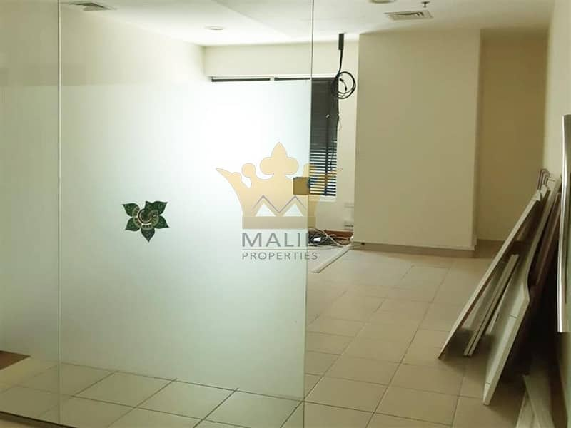 Glass Partitioned   Fully Fitted Office   Near Metro