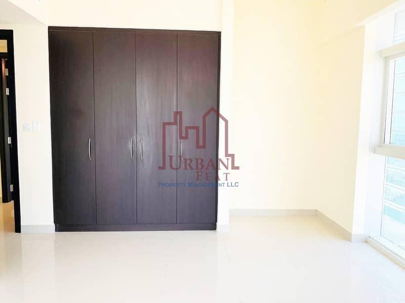 2 Move in! High floor 2BR+Storage w/ 3chqs