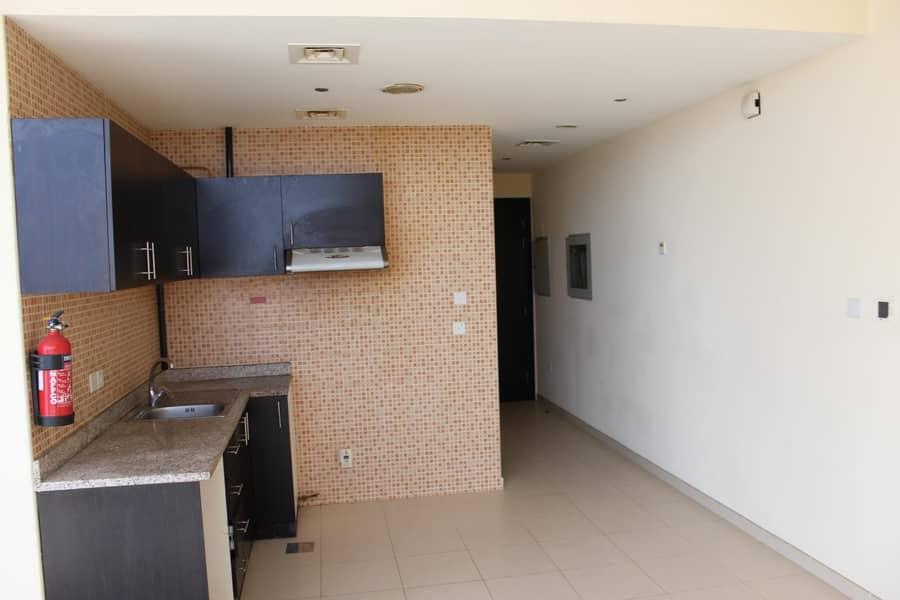 2 Spacious 1 BHK   Balcony   Flexibility in no. of rent instalments