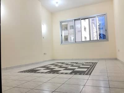 2 Bedroom Flat for Rent in Tourist Club Area (TCA), Abu Dhabi - Lower Price ! Beautiful Two  Bedroom With Maid Room Plus Parking / Tourist Club Area!