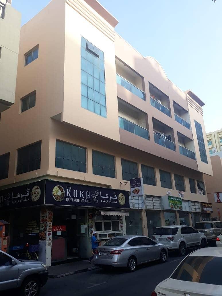 مكتب للإيجار فى بر دبي + شهر مجاني - موقع مميز جدا بجوار كل الخدمات