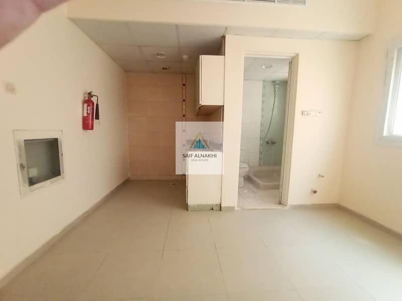Good Studio SEPRATE kitchen In National paint Muwaileh