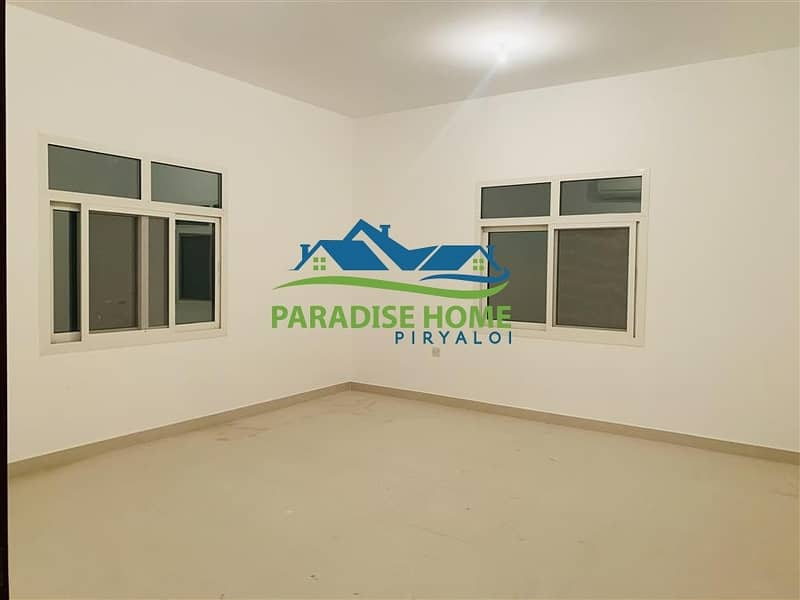 2 Excellent ! 4 Bedroom Hall In New Shahama