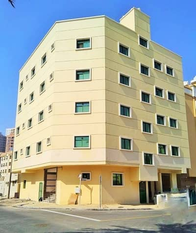 For sale building in a very privileged location in Naameya next to all services for lovers of real estate investment and businessmen freehold for all trades