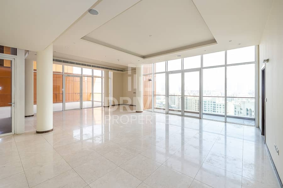 Luxurious and Spacious 4 Bedroom Penthouse