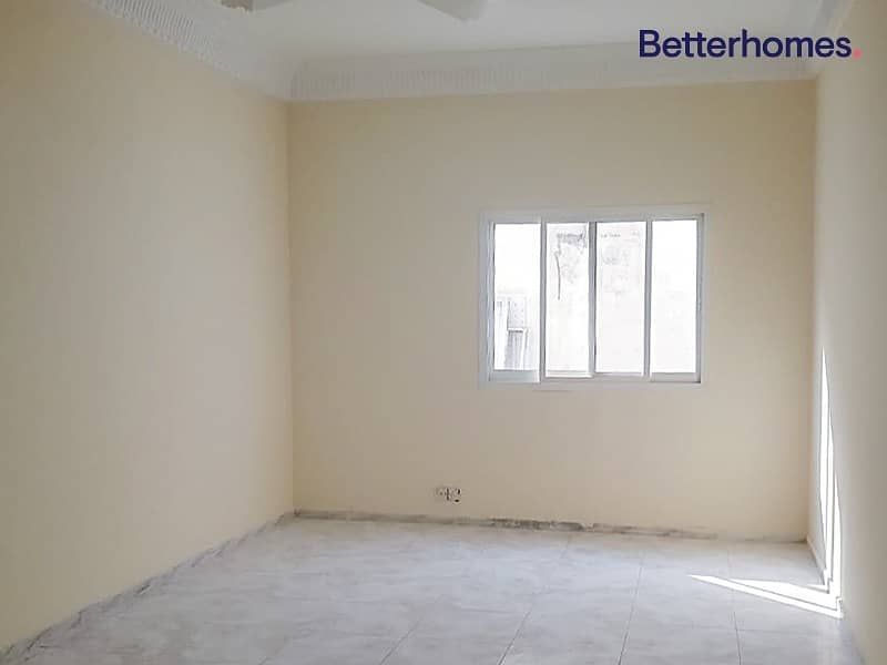 2 GCC only/One Storey villa/Vacant